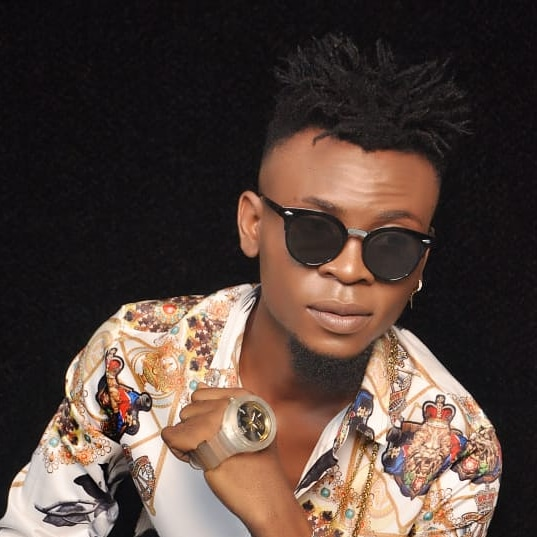 Helly Tonzie – The Biography